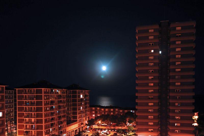 Lluna des del balcó